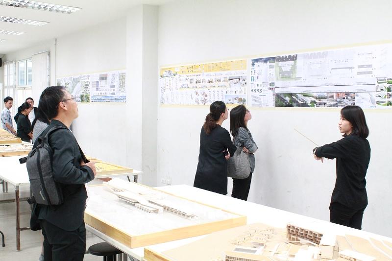 สภาสถาปนิกประเมินและรับรองหลักสูตรสถาปัตยกรรมศาสตรบัณฑิต (หลักสูตรปรับปรุง พ.ศ.2555)