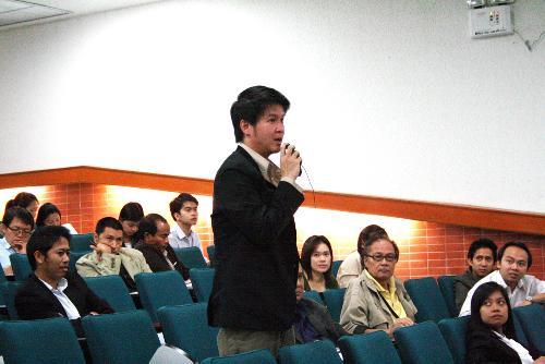 ท่านอธิการบดี มหาวิทยาลัยนเรศวร พร้อมด้วยผู้บริหารระดับสูง เข้ามอบนโยบายและรับฟังข้อคิดเห็น จากผู้บริหารและบุคลากรคณะสถาปัตยกรรมศาสตร์