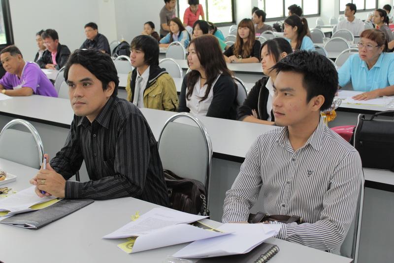 ร่วมแถลงข่าวมหาวิทยาลัย ประจำเดือนพฤษภาคม 2554