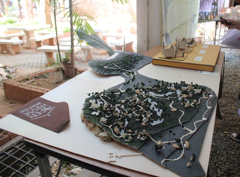 เข้าร่วมกิจกรรมโครงการ Open house 2011/2012  คณะสถาปัตยกรรมศาสตร์  มหาวิทยาลัยขอนแก่น