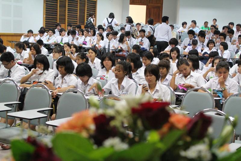 โครงการปฐมนิเทศนิสิตใหม่และพบผู้ปกครอง ประจำปีการศึกษา 2555